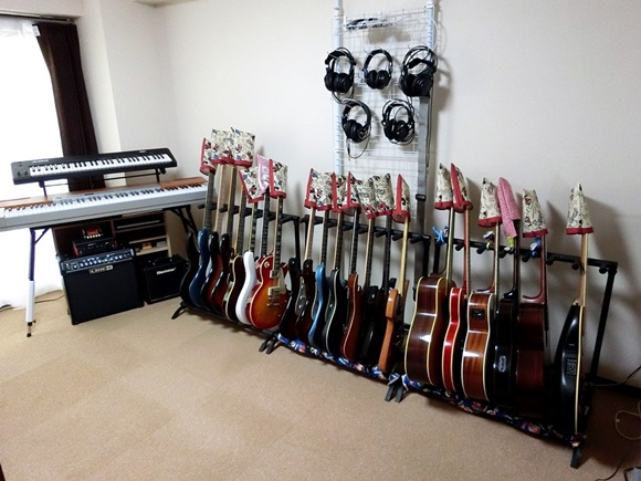 ギターとキーボード