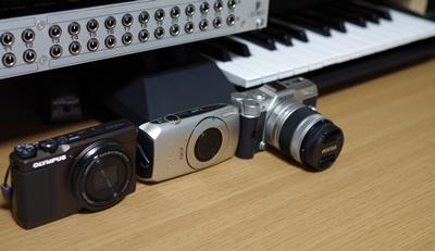 CANON IXY30SとPENTAX Q10とOLYMPUS STYLUS XZ-10
