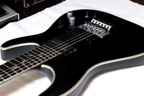 Damien Platinum-6 FR S