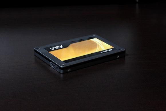 Crucial「RealSSD C300 64GB」
