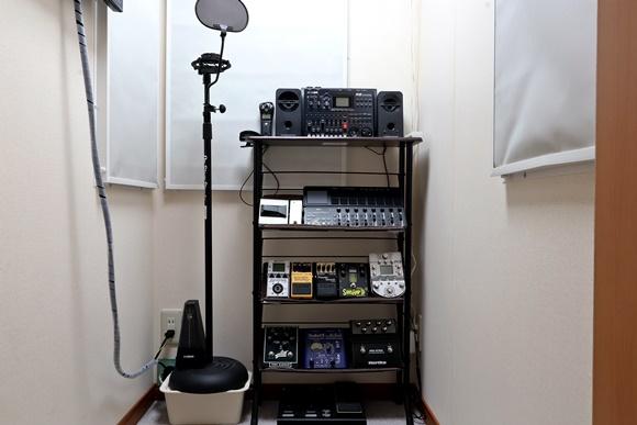 防音室内機材