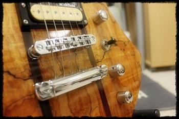 B.C.リッチ 変形ギター