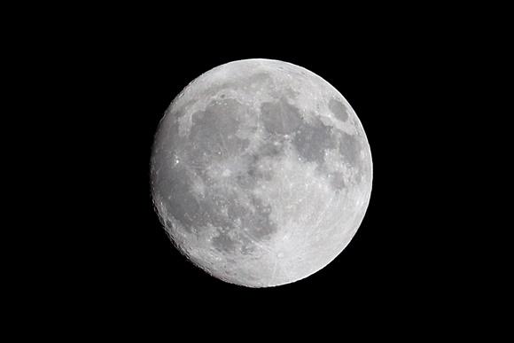 中潮の月 CANON EOS 9000D