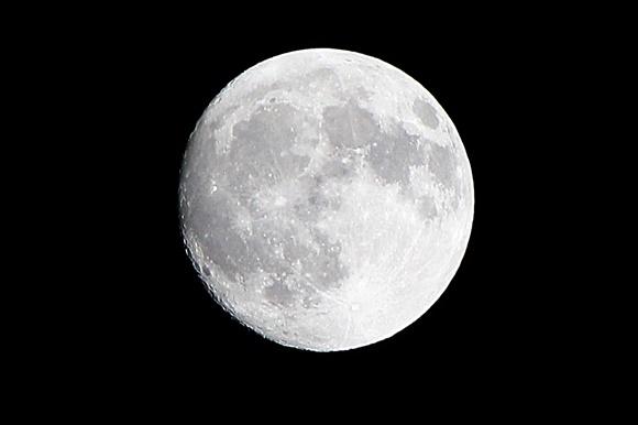 中潮の月 CANON EOS Kiss X5