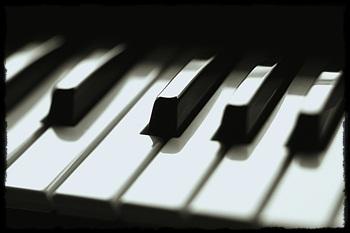 piano_20111125211205.jpg