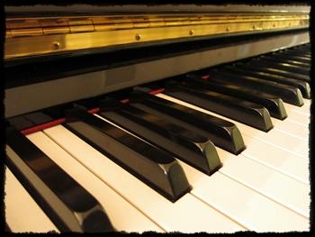 piano_20120925195252.jpg