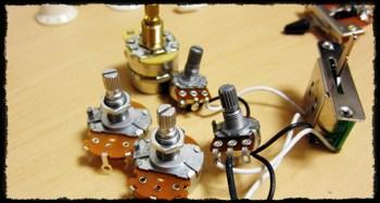 ギター用電気パーツ
