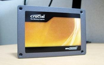 Crucial RealSSD C300 シリーズ 64GB