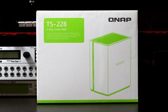 NAS QNAP TS-228